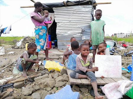 Mozambique flood appeal family 450